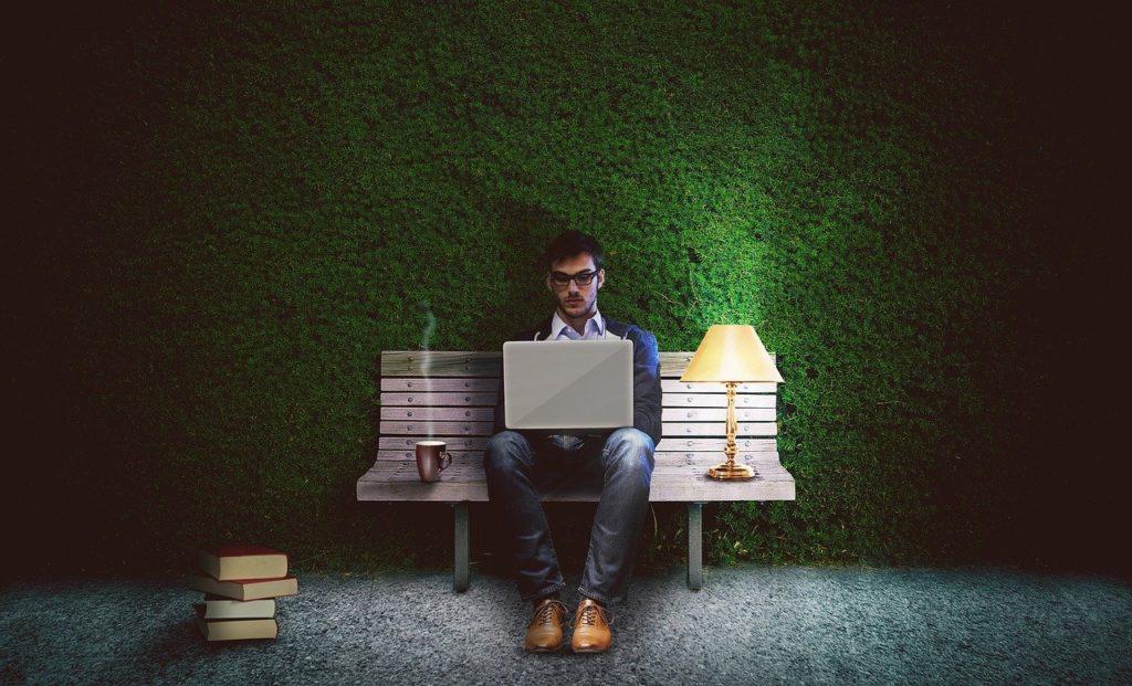 大学生がネットビジネスで成功するために必要な力=本質を見る力