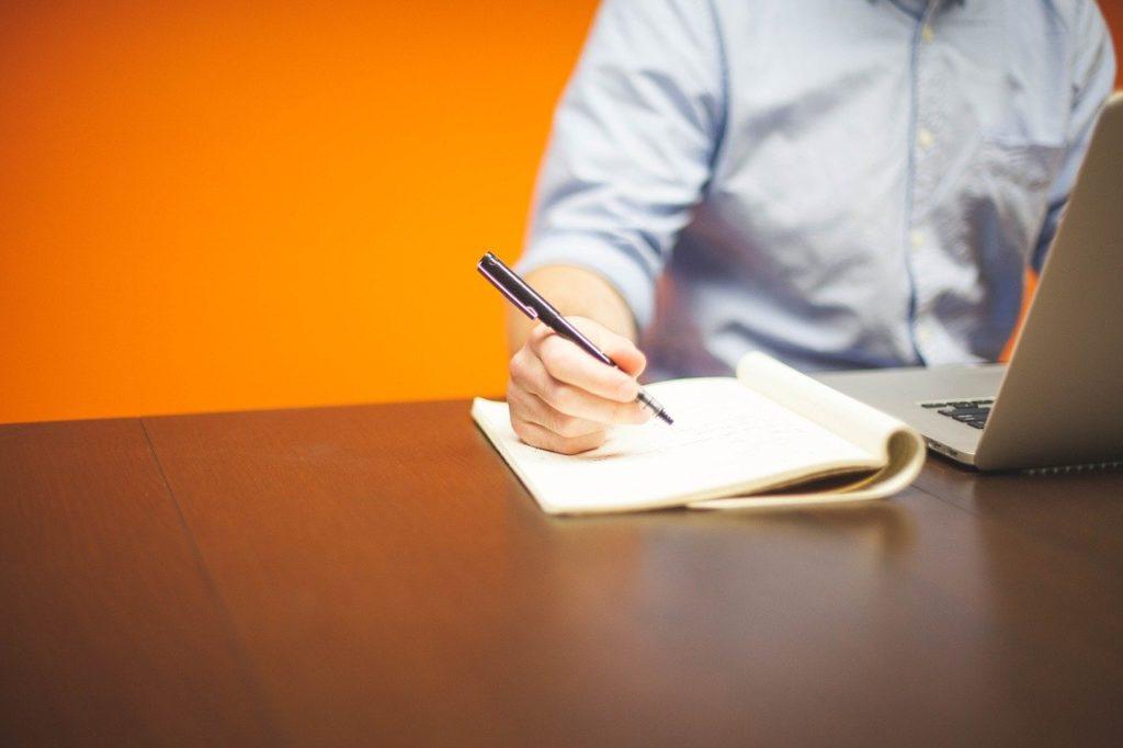 起業のアイデアの出し方5選【誰でもできます】