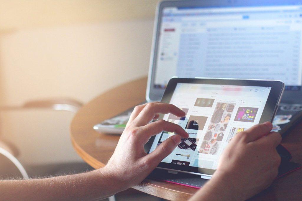 ネットビジネスがバイト以外で稼ぐ方法として最適な理由:3選