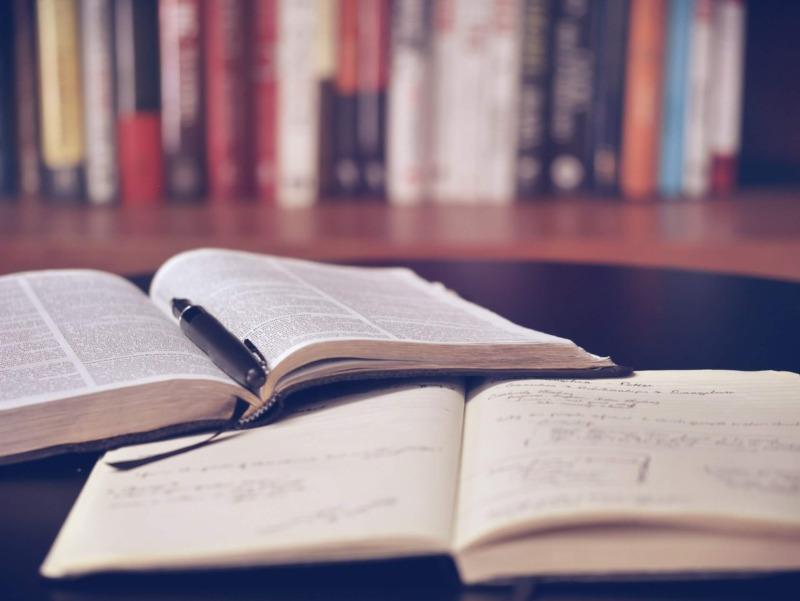 大学生におすすめしたい本5冊【読書後の行動もセットで解説します】:まとめ