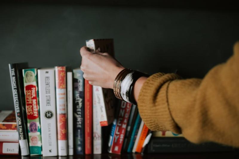 大学生におすすめな本を5冊だけ紹介します